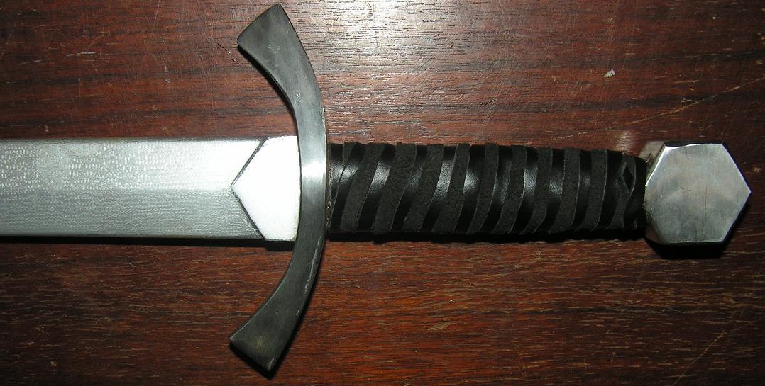 Как сделать ручку для меча